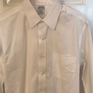 Brooks Brothers slim fit dress shirt 15 1/2-4/5